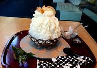かき氷、蕨もち、パフェ - お昼ごはんはパフェ (お昼ごはんはモーニング?)
