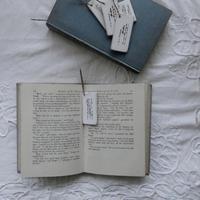 ベニヤ板のブックマーク - voyage