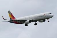 アシアナ航空 A321 横風で煽られる - 南の島の飛行機日記