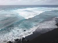 台風前に - 三宅島風景