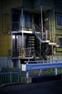 夜の住宅街 - inside out