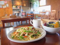 鶏肉とピーマンのスパゲッティ―:自家焙煎珈琲けや木(弘前市) - 津軽ジェンヌのcafe日記