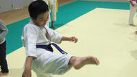 廻し蹴り - 子ども空手×杉並 六石門 らいらいブログ