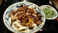 丸亀製麺『牛肉ひらたけしぐれ煮ぶっかけ』 - My favorite things