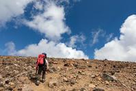 夏山の浄土世界へ「一切経山」山頂へ - Full of LIFE