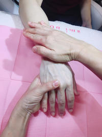 お家で簡単マッサージ講習 - 【熊本エステ/東京】あなたの綺麗をプロデュース♡サロン・スクール経営♡渡邊明美