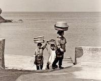 <日常文化遺産>1965年奄美大島 - 写真家藤居正明の東京漫歩景