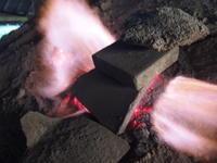 ボンゴギーズの窯出し - 日向の国の備長炭 奥井製炭所