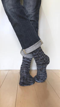 靴下 完成しました - セーターが編みたい!