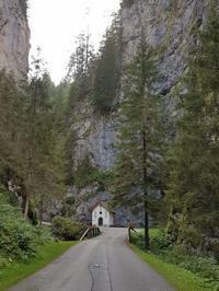 ソットグーダの秘境 - Via Bella Italia ベッライタリア通りから