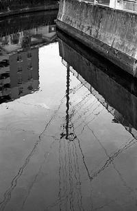 川岸沿い(その4) - そぞろ歩きの記憶