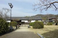 岩国市の香川家長屋門 - レトロな建物を訪ねて