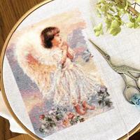 【趣味の刺繍】天使ちゃん、順調です^^ - 浜松の刺繍教室 l'Atelier de foyu の 日々