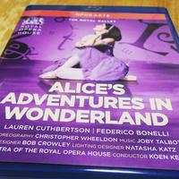 ロイヤル・バレエの三幕改訂版『不思議の国のアリス』を観た - Come Talk to Me