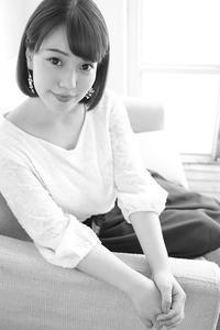 花崎那奈ちゃん2 - モノクロポートレート写真館