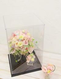 卒花嫁様アルバム椿山荘の花嫁様と花婿さま、1年後の結婚記念日にブーケの保存のために - 一会 ウエディングの花
