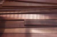 インドローズ端材 - SOLiD「無垢材セレクトカタログ」/ 材木店・製材所 新発田屋(シバタヤ)