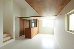 オープンハウス開催? 22坪の狭小地に建つ子育て世帯の住まい - 加藤淳一級建築士事務所の日記