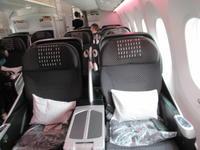 台湾発JALビジネスクラス。機内の様子。 - rodolfoの決戦=血栓な日々