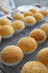 焼きカレーパンレッスン始まっています♪ - launa パンとお菓子と日々のこと