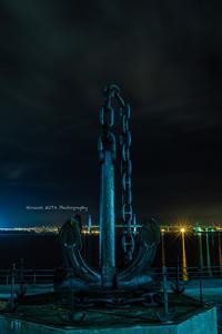 港の夜 - 風景とマラソンと読書について語るときに僕の撮ること
