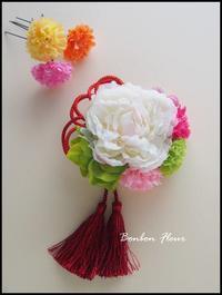 シャクヤク七五三髪飾り - Bonbon Fleur ~ Jours heureux  コサージュ&和装髪飾りボンボン・フルール