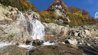 紅葉の巻機山 米子沢沢登り - じゅんりなブログ