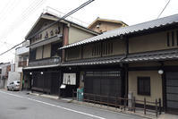 幕末京都逍遥その149「魚三楼(弾痕)」 - 坂の上のサインボード