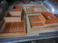 フレームの塗装。 - 手作り家具工房の記録