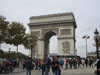 10月のパリの空 - フランス Bons vivants des marais