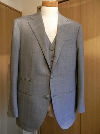 ウェディングスーツ&フォーマルブラックスーツも「岩手のスーツ」 編 - 服飾プロデューサー 藤原俊幸のブログ