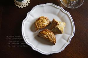 林檎とシナモンのショーソンパイと栗のロトンヌ。 - 暮らしごと