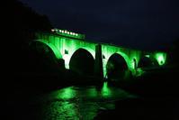 1423 めがね橋ライトアップ(列車付き) - 四季彩空間遠野