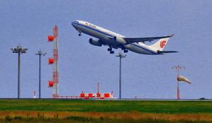 空港周辺の羽田沖で観た離陸ヒコーキ - 小さな旅で観た情景