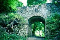 〈3日目-4〉 モンフォール・ラモリーの丘の上に佇む、塔の廃墟(5/15-その4) - わたしの足跡2 ~ときどきパリ