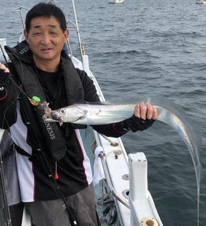 本日、16日・火曜日も好調です!(^▽^) - 愛媛・松山・伊予灘・高速遊漁船 pilarⅢ 海人 本日の釣果