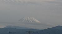 10月16日、すっかり雪化粧した富士山です - 楽しく元気に暮らします(心満たされる生活)