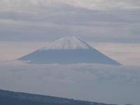 富士山、雪化粧 - 八ヶ岳 革 ときどき くるみ
