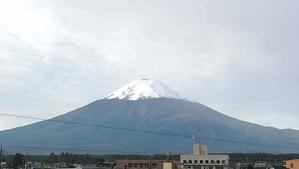 富士山「初雪化粧」 - もの作りの裏側 太陽電機株式会社ブログ