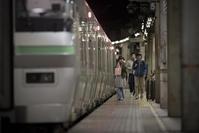 夜の札幌駅 - 人間到る処青山有り