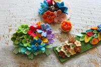 小さなフェルトのお花の試作品 - フェルタート(R)・オフフープ(R)立体刺繍作家PieniSieniのブログ
