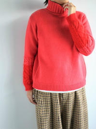 Lim homeTurtle Neck Knit - Cush - 『Bumpkins putting on airs』