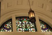 科博のステンドグラス - ある日の足跡