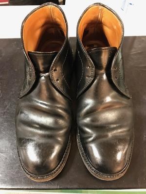 池袋西武5F靴磨き・シューリペア工房