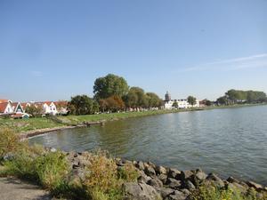 湖沿いの都市ホールンでブロカントやらマーケットやら - オランダから気の向くままに