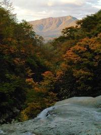 秋の初河谷から芦倉山② - 山にでかける日