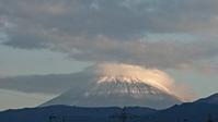 10月20日、今朝、我が家の駐車場から見た富士山です - 楽しく元気に暮らします(心満たされる生活)