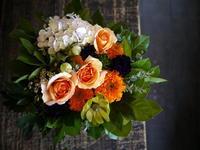 お誕生日のアレンジメント。80歳男性へ。2018/10/15。 - 札幌 花屋 meLL flowers