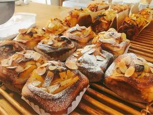 りんごのパンとお惣菜パン - おうちパン教室moko島根県出雲市