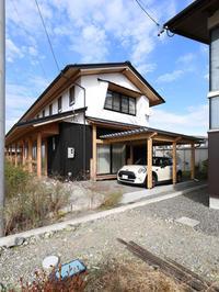 ホームページ更新_常念岳を望む安曇野の家のカーポート - 安曇野建築日誌